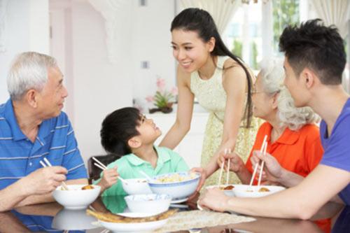 4-khi-chat-can-co-cua-nguoi-phu-nu-giup-gia-dinh-thinh-vuong1-phunutoday_vn