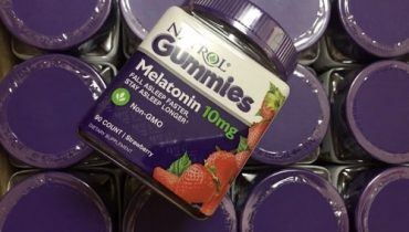 Kẹo ngủ Natrol Gummies Melatonin 10mg giá bao nhiêu?