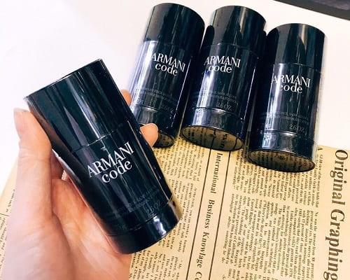 Lăn khử mùi Armani Code giá bao nhiêu? Mua ở đâu chính hãng?
