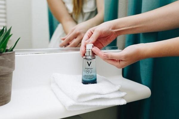Vichy Mineral 89 - Tinh chất khoáng cô đặc phục hồi da 4