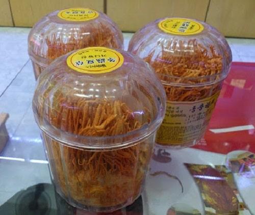 Đông trùng hạ thảo khô Hàn Quốc hộp 45g giá bao nhiêu?
