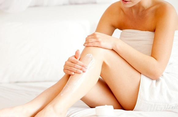 Kem dưỡng da mềm mịn Redwin Vitamin E Cream 300g 3
